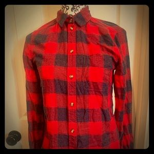 American Eagle Outfitters Buffalo Plaid Flannel